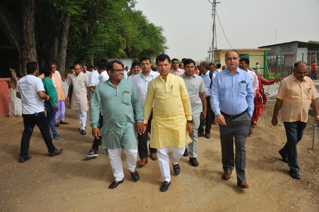 Honourable MoS Agriculture & Farmers Welfare visiting CPCT on 13.07.2019