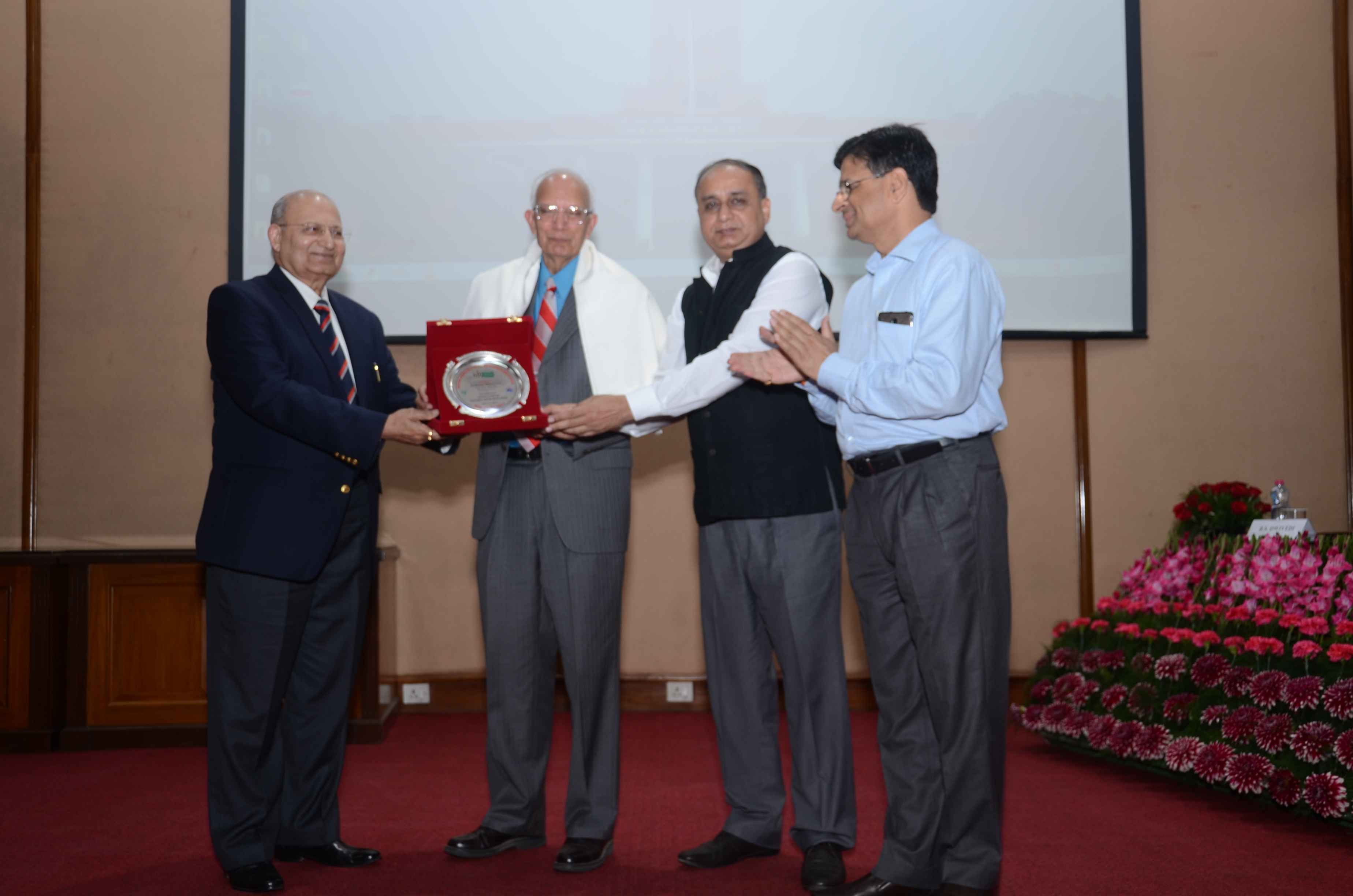Dr. R.S. Paroda, Chairman, TAAS and former Secretary, DARE and DG, ICAR, Dr A.K. Singh, DDG (Ext)& Director-IARI and Dr. B.S. Dwivedi honoring the Speaker Prof Rattan Lal on 12.3.18 at IARI